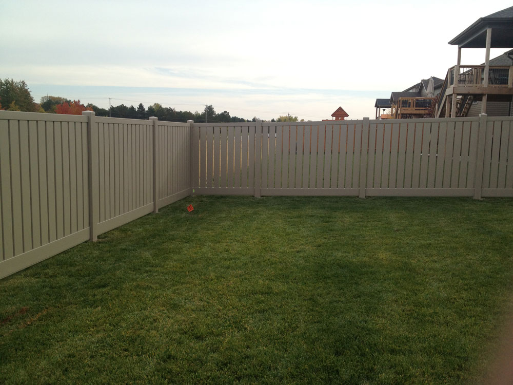 Afl Fences Lincoln Vinyl Fences For Any Need