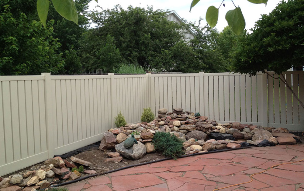 Vinyl Fence Styles Inside Vinyl Fencing Lincoln Afl Fences Fence Styles Trusted Locally Owned
